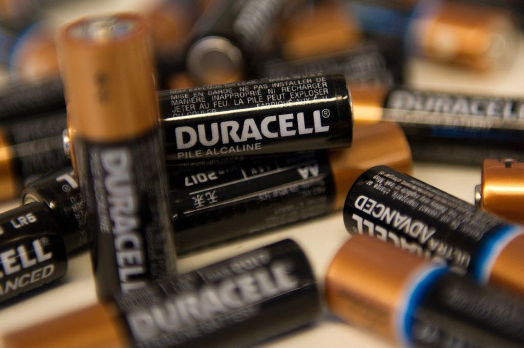 gillettes acquisition of duracell The procter & gamble co is embarking on its largest acquisition to date — a $57 billion deal for gillette co and its shaving products and copper-top batteries that would form the world's.