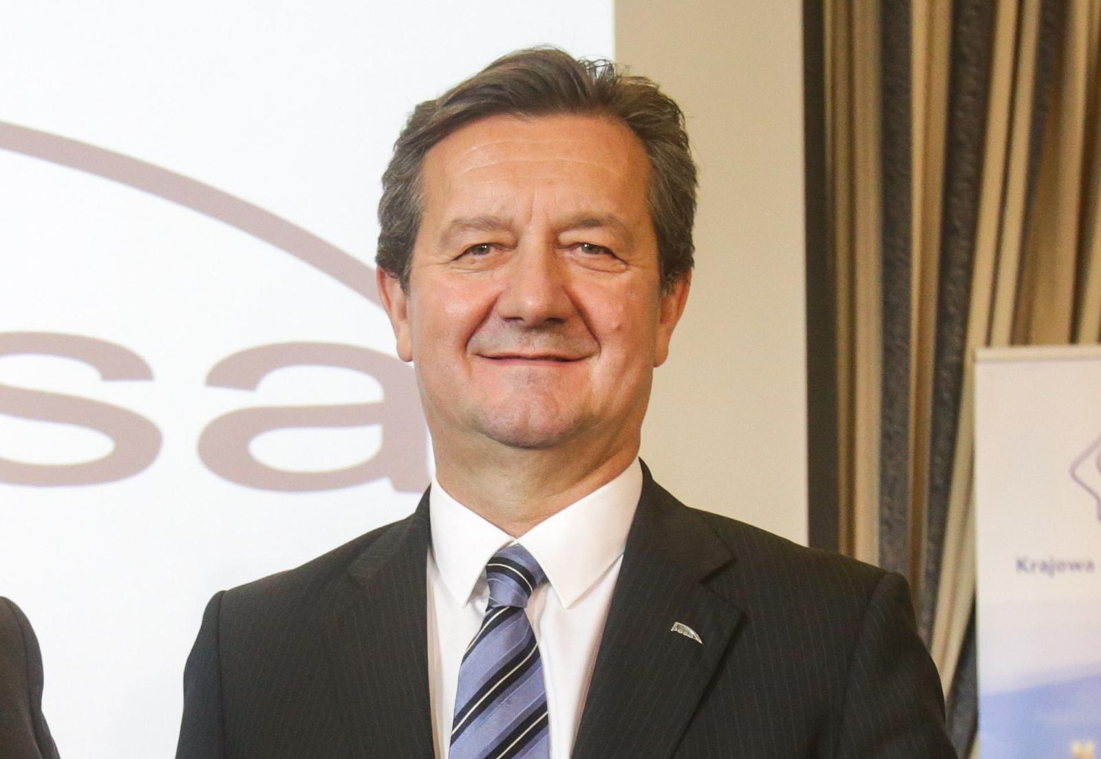 www.pb.pl