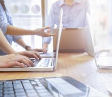 Jak budować pozytywne doświadczenia klienta w digitalu